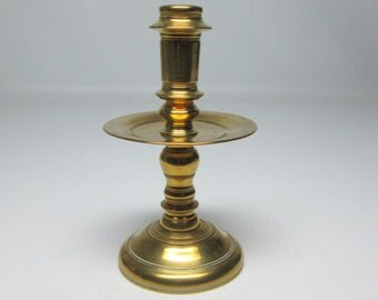 vintage COLONIAL WILLIAMSBURG small size brass taper candle holder by virginia metalcrafters