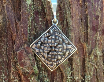 Celtic Knot Basket Weave Pendant / sterling silver irish jewelry / celtic knot / traditional