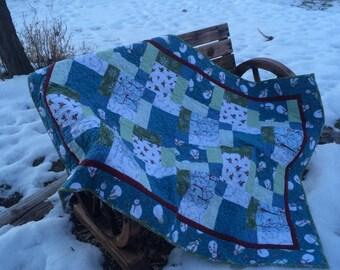 Flannel snowmen crib or toddler bed quilt