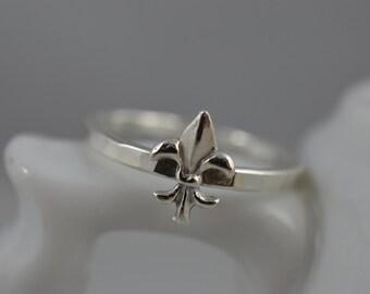 Sterling Silver Fluer de Lis Ring