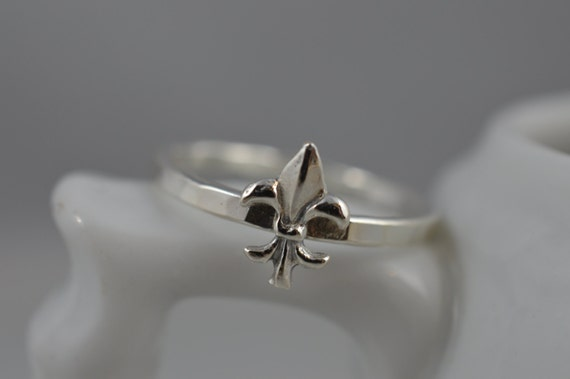 Sterling Silver Fluer de Lis Ring