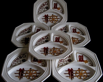 1970s Picnic Plates Western Theme BBQ Divided Plastic Trays (set of 10, as-is)