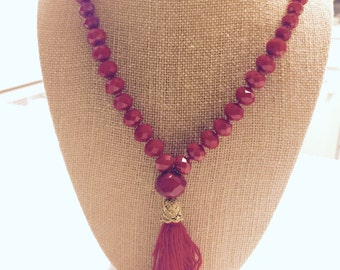 Red crystals necklace