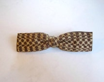 Vintage 1940s 1950s Bowtie Brown Camel Beige  Bow Tie Clip On by Best Clip USA Houndstooth Pattern 2 Tone Layers