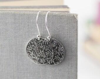 Floral Sterling Silver Earrings, Flower Silver Dangle Earrings, Floral Embossed Disc Drop Earring, Boho Earthy Jewelry, Sterling Jewelry