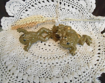 2 Frog Shaped-Glazed Ceramic Macrame Beads-Handcrafted-Green-Water Lily Marsh-A21