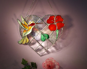 Stained Glass Suncatcher Hummingbird with Heart and Flower   (622)