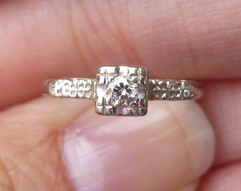 Art Deco Engagment Ring  White  gold.....VS diamond....European Cut Diamond Ring