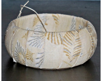 Cream and Silver Metallic Poinsettia Winter Fabric Bangle Wood Wooden Dome Bracelet