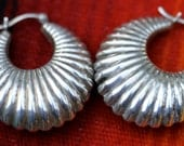 Vintage Sterling Silver Puffy Ribbed Hoop Dangle Earrings