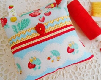 SALE  Cottage Chic Strawberry Themed Pincushion With Front Pocket