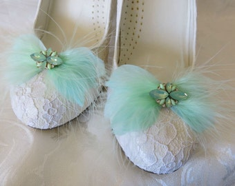 Bridal Wedding Shoe Clips Mint Faether Feathered Rhinestone Accents Set of 2