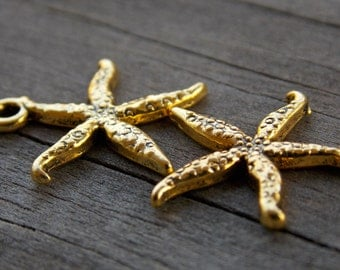 20 Gold Starfish Charms 19mm Antiqued Gold 19mm