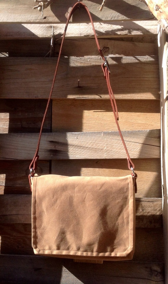 Waxed Canvas iPad Messenger - for Men and Women