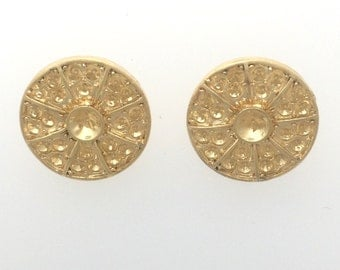 Gold plated circle filigree button set of 2 : item # 2535