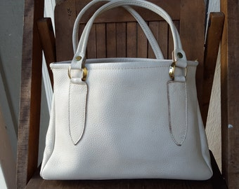 COLOSSAL     ///    Leather 1960s Bag