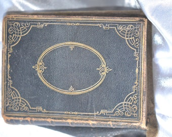 Antique 1862 Old & New Testament Bible