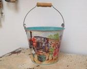 Vintage tin sand pail/holiday bucket, marked Tobar England, 1980's