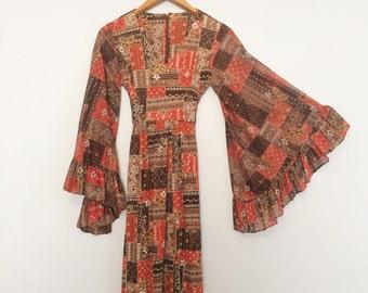 Vintage 1970s Bell Sleeve Maxi Dress / Hippie Dress / Brown Boho Fall Dress / Gypsy Festival Dress
