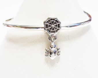 1 Pugster Spider and Spider Web, Dangle Charm,  Silver Spider, European Charm Bracelet Bead / Pendant