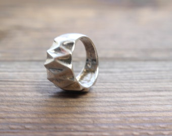 Sterling Silver Thick Textured Band Ring  //  Size 8