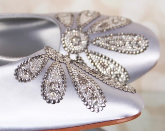 Silver Wedding Shoes, Handmade Wedding, Custom Wedding Shoes, Wedding Bling, Vintage Wedding, Crystal Wedding Shoes, Closed Toe, Kitten Heel