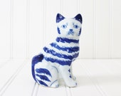Vintage Blue and White Ceramic Cat Figurine, hand painted  blue and white collectible, home decor, Chinoiserie, Chinois, animal