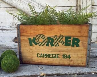 Rare Korker Lemon Beverage Crate - 1955 - Green Graphics - Soda Crate