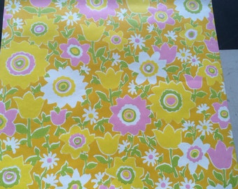 1960s vintage wallpaper- yellow and pink floral by Thibeault. 20.5 x 36 inches. Ships in tube!