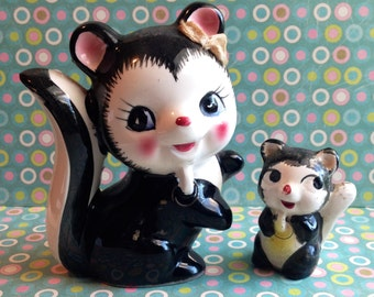 Kitschy Cute Stinking Cute Manna and Baby Skunk Figurine set