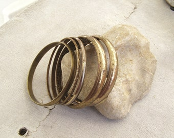 Boho Gypsy Bangle set of 6, Vintage Distressed Copper Brass Golden Bangles, Bohemian Fashion Accessories Free Spirit Indie Festival Jewelry