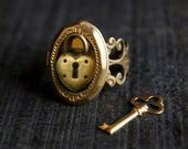 Locket Ring - Poison Gold Brass Heart Padlock Secret Compartment