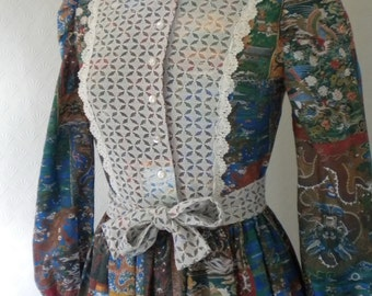 Wonderful vintage dress with dragons