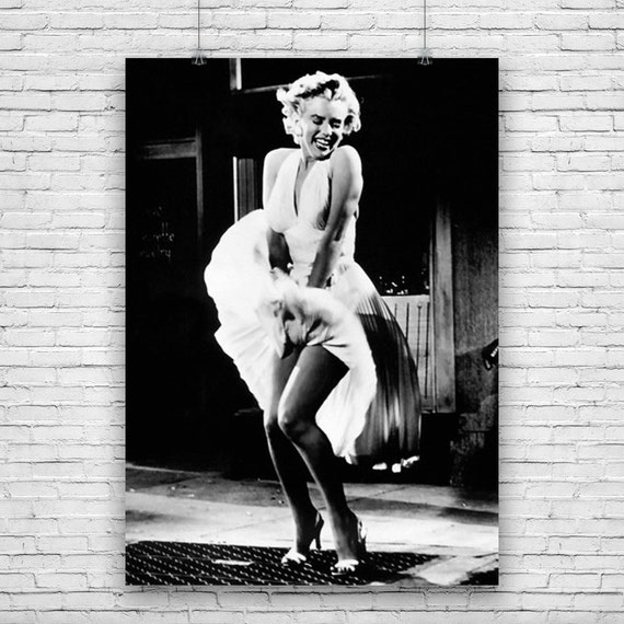 marilyn monroe as a cultural icon The role of marilyn monroe in the history of the she became an american icon childhood and schooling monroe was born norma jeane marilyn and joe.
