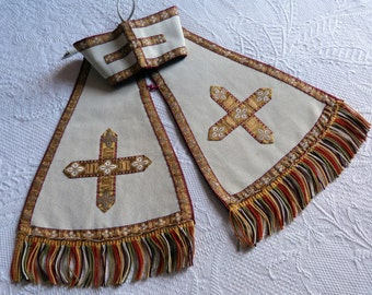 Antique French 1900s priest maniple clergy maniple w crosses, rope fringes, French religious church clothing costume fabric clergy vestment