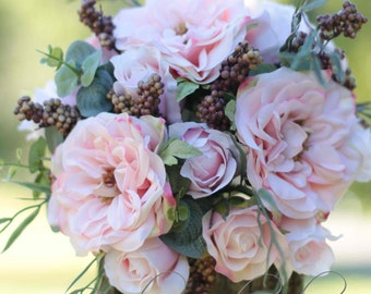 Romantic wedding bouquet. Shabby chic bride, bridesmaid bouquet.  Pink roses and berries.