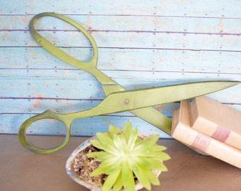 Vintage Metal Scissors Art Wall Decor