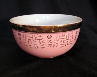 Hall's Superior Quality Kitchenware Mixing Bowl Gold Gilt Trim