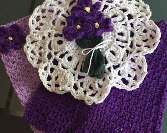 Violet Kitchen dish cloths/pot holder