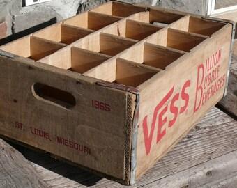 Reduced!  1965 Antique Vess Large soda crate - 6.5 inch deep compartments!  Unique! V121