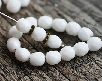 White beads, 6mm round beads, czech glass, white with beige, Fire polished, round faceted spacers - 30Pc - 0647