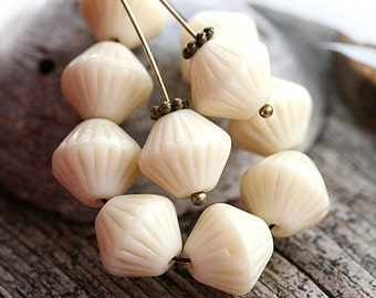 Creamy beige bicones, czech Glass beads, off white, rustic large bicone beads, pressed - 11mm - 10pc - 1075