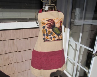 Apron made from tea towel,this Reversable apron featuring Roosters .One side has 3 pockets,Burgundy and tan