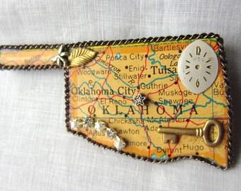 Oklahoma State Puzzle Piece Brooch 2016OK