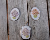 Miniature picture or pendant hand-embroidered