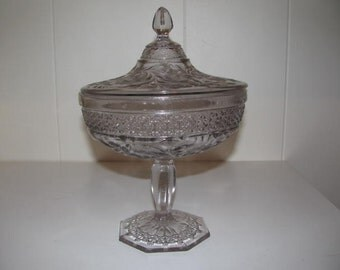 Vintage Indiana Glass Co. lidded glass compote made 1913-early 30's