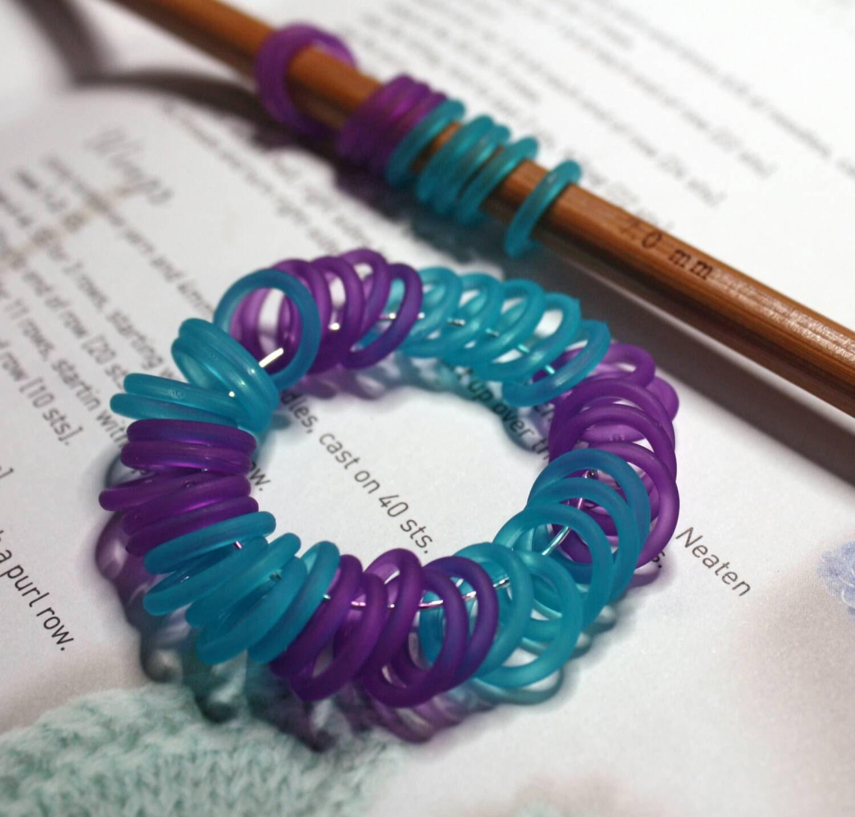Knitting Stitch Marker Rings : 40 Knitting stitch marker blue purple rings 7mm/ 10.5 US