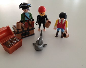 Vintage Playmobil Pirate Figures set of 3 plus treasure chest Shark Mugs