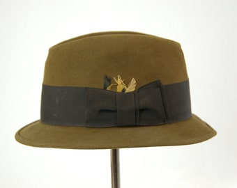 1950s Royal Stetson Short Brim Bowler Fedora Hat with Feathers size 7 1/8