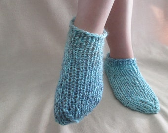 Knitting Patterns Footie Socks : Knitting Pattern PDF slipper socks Chausettes de Lavande